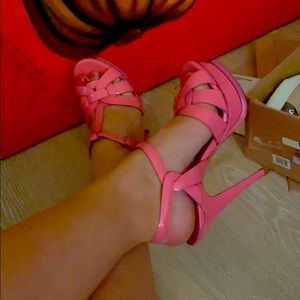 Pink YSL tribute